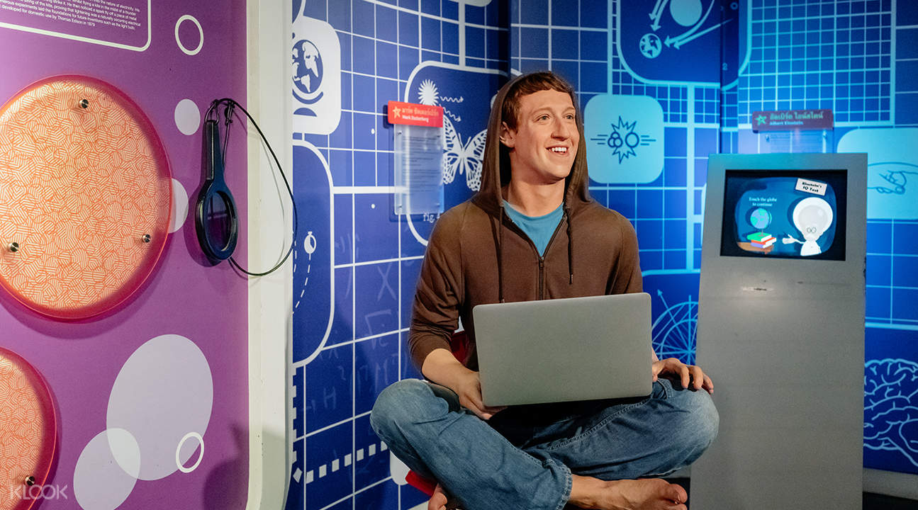 mark zuckerberg wax figure at madame tussauds bangkok
